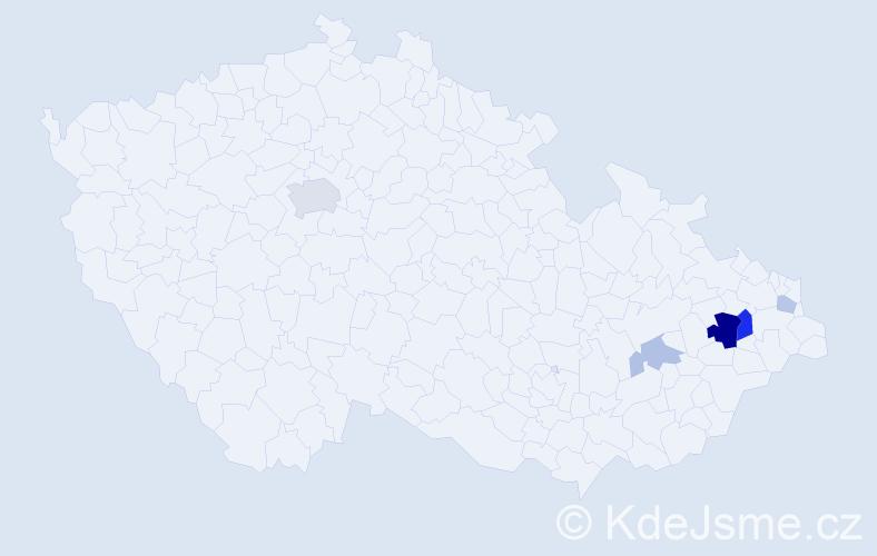 Příjmení: 'Komáčka', počet výskytů 13 v celé ČR