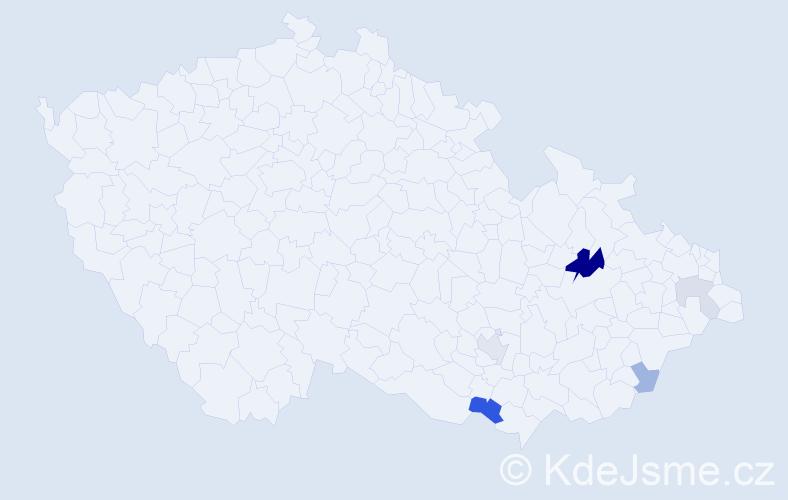 Příjmení: 'Kusmič', počet výskytů 13 v celé ČR