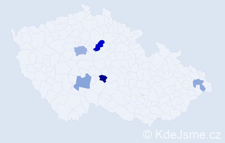 Příjmení: 'Capáková', počet výskytů 12 v celé ČR