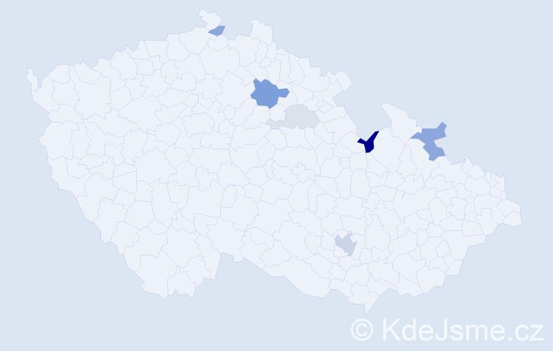 Příjmení: 'Čeřenová', počet výskytů 13 v celé ČR