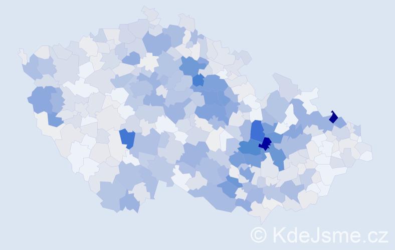 Příjmení: 'Komárek', počet výskytů 2698 v celé ČR
