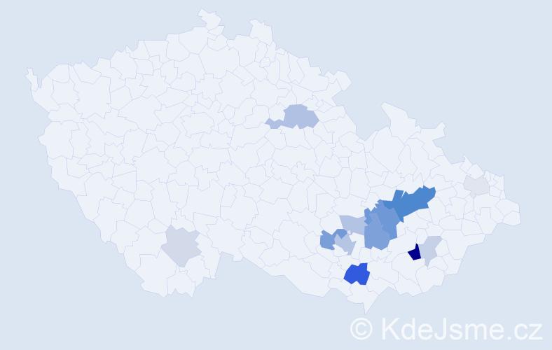 Příjmení: 'Klementa', počet výskytů 34 v celé ČR