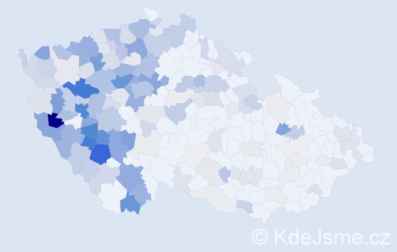 Příjmení: 'Levá', počet výskytů 793 v celé ČR