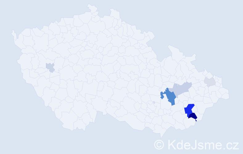 Příjmení: 'Čmelák', počet výskytů 15 v celé ČR