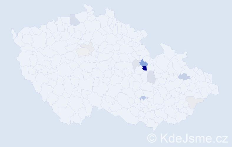 Příjmení: 'Dobroucký', počet výskytů 34 v celé ČR