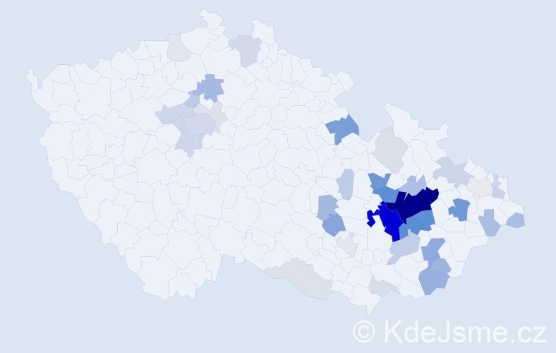 Příjmení: 'Mačáková', počet výskytů 135 v celé ČR