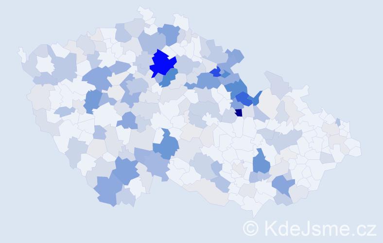 Příjmení: 'Hůlka', počet výskytů 728 v celé ČR