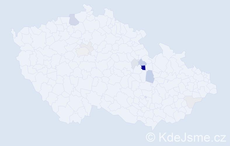Příjmení: 'Dobroucký', počet výskytů 30 v celé ČR