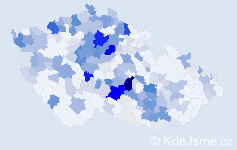 Příjmení: 'Boháček', počet výskytů 923 v celé ČR