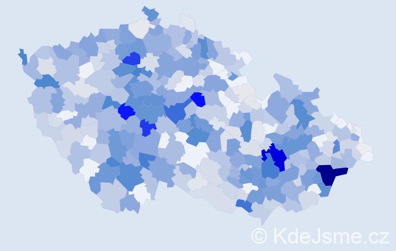 Příjmení: 'Kocourek', počet výskytů 2294 v celé ČR