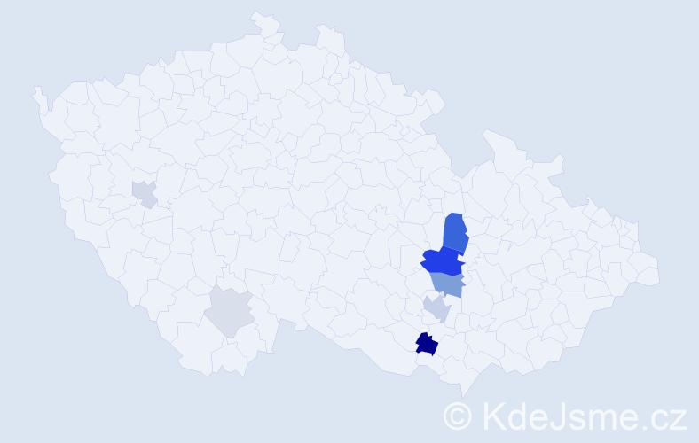 Příjmení: 'Komprdová', počet výskytů 43 v celé ČR