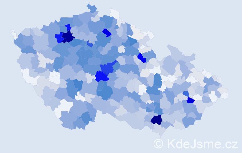 Příjmení: 'Charvát', počet výskytů 2943 v celé ČR